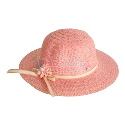 תמונה של כובע קש ורוד