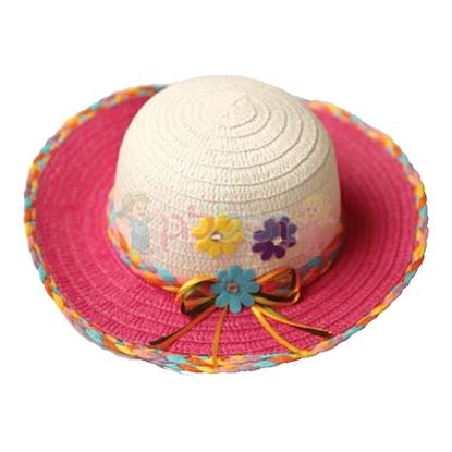 תמונה של כובע קש  קלוע לבובה