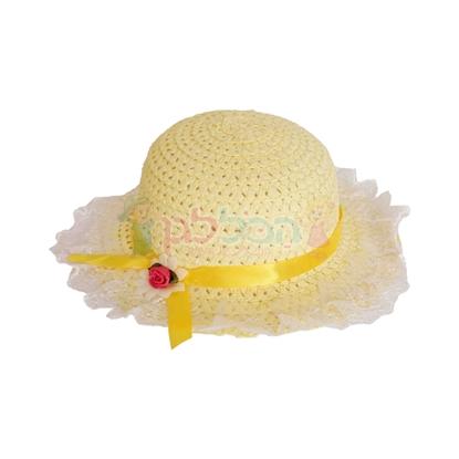 תמונה של כובע קש קטן צהוב עם דנטל